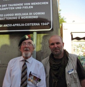 Paul Reed with WW2 veteran at Anzio
