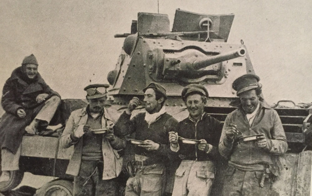British Tank crew in Libya 1941.