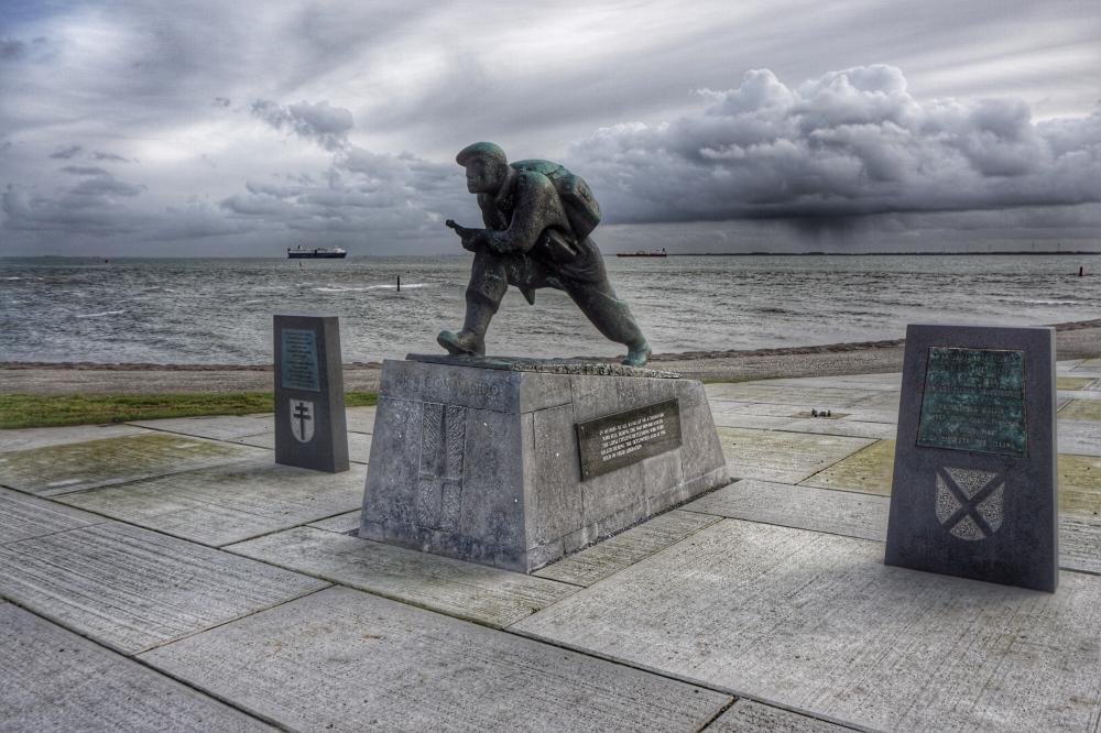Commando & 52nd (Lowland) Division Memorials