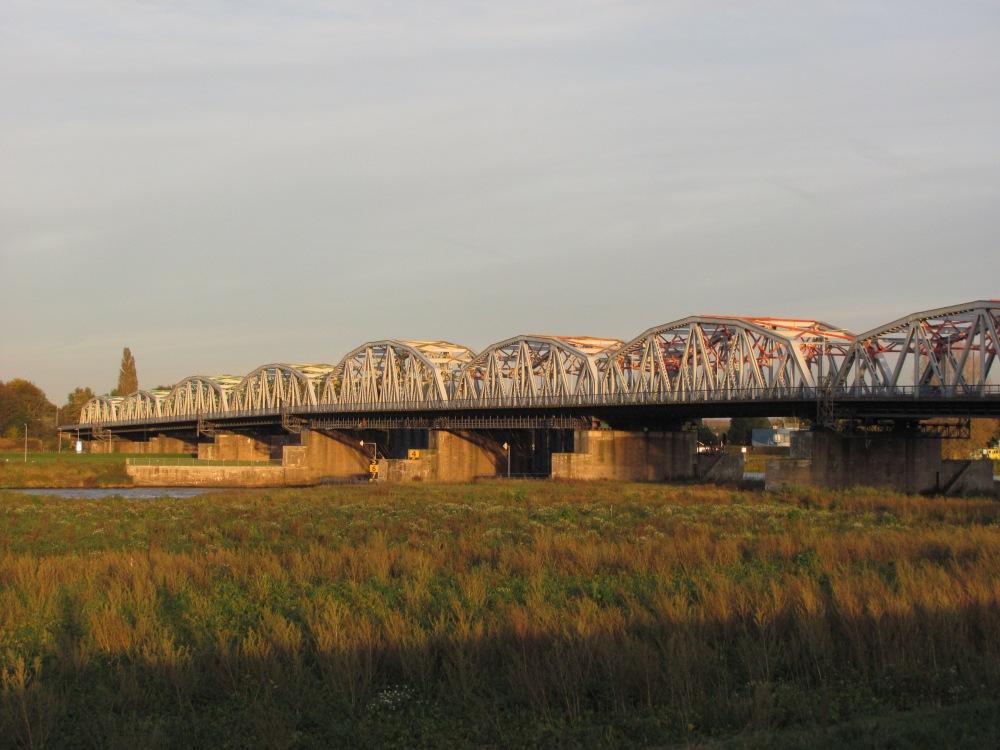 Grave Bridge